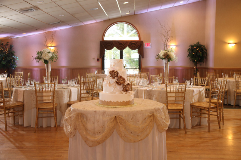 Weddings - The Executive Court Banquet Facility